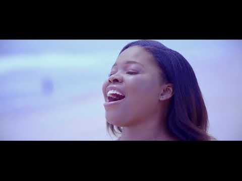 Official video of THE KING by Favour Uzo