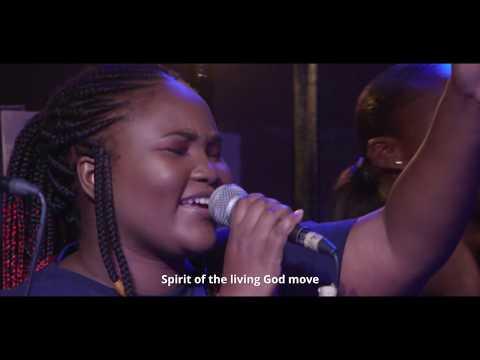 Joe Mettle ft Akosua Kyerematen (Spirit Move)