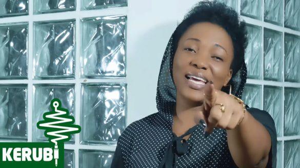 download mp3: Martha Mwaipaja - Amenitengeneza